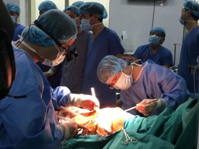 Lần đầu tiên Việt Nam ghép phổi từ người cho chết não