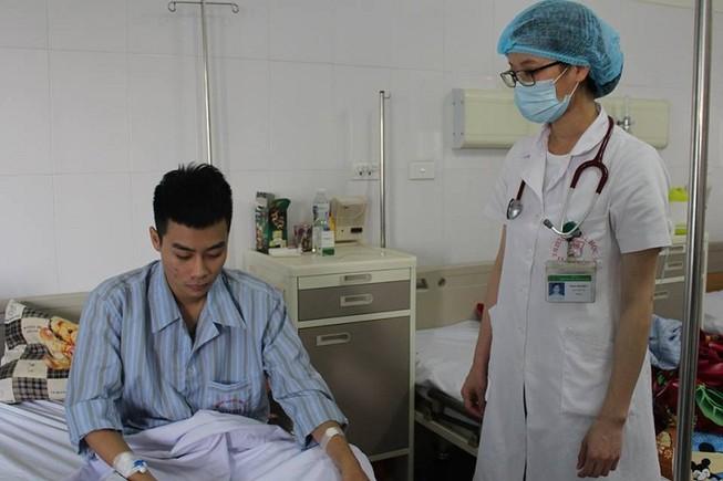 Sốc: Ký sinh trùng theo dịch phổi bệnh nhân ra ngoài