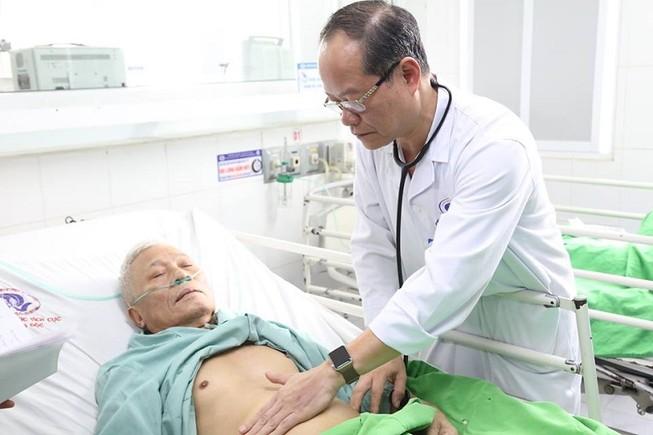 Người đàn ông sống lại sau hơn 1 tiếng tim ngừng đập