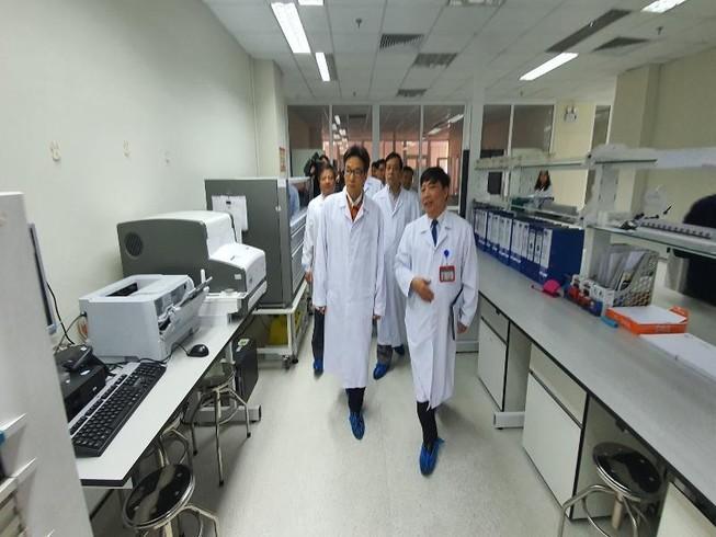 Việt Nam sẽ yêu cầu khai báo y tế đối với khách Trung Quốc