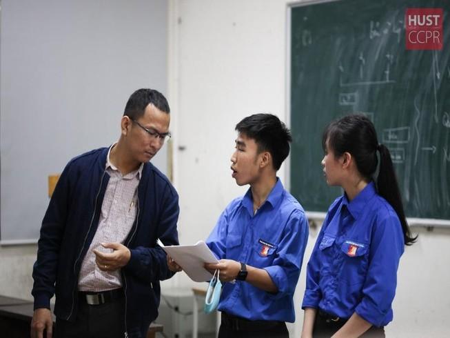 Bộ GD&ĐT đề xuất nhiều giải pháp giúp trường học mùa COVID-19