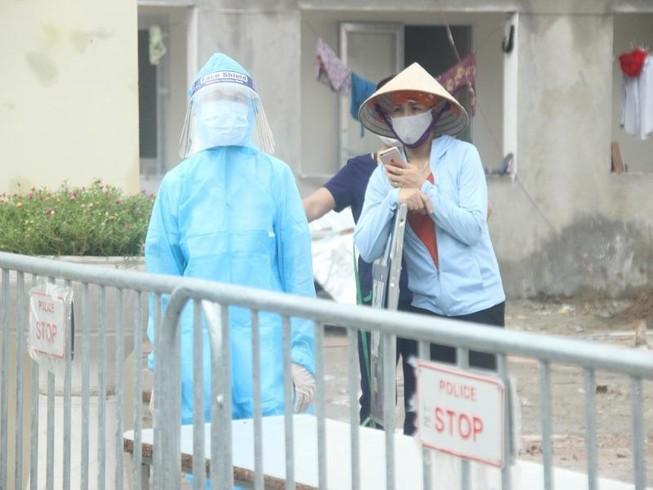 Ngày 18-11, Việt Nam ghi nhận thêm 12 ca mắc COVID-19