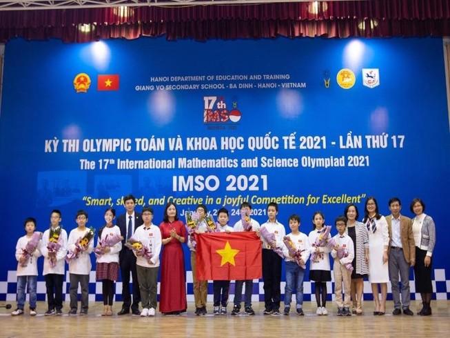 Việt Nam giành 2 Huy chương Vàng Toán và Khoa học