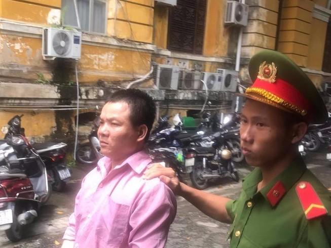 Bị cáo đọc báo Pháp Luật TP.HCM biết 'bị tòa xử nặng'