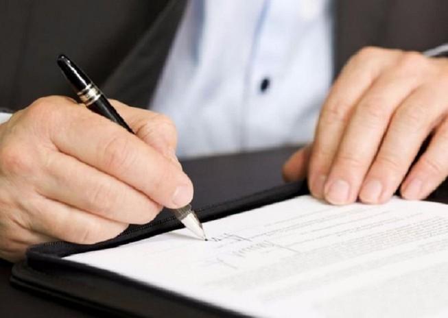 Sếp bảo hiểm tham ô tiền từ 40 hợp đồng của khách hàng