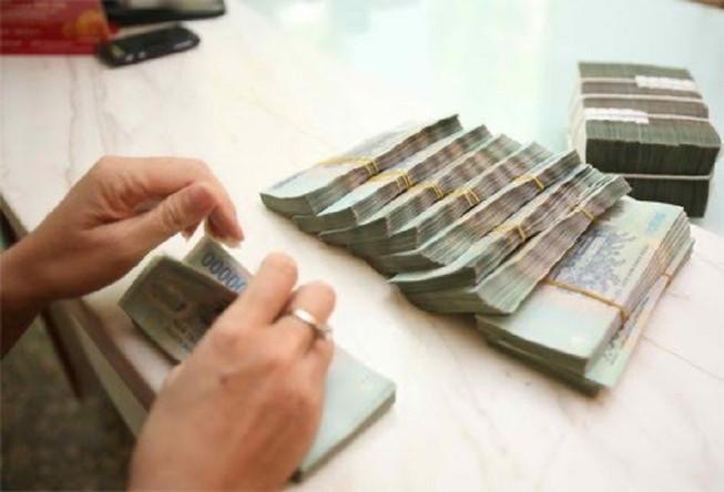 Nữ thủ kho tham ô hàng trăm triệu của công ty Trung Quốc