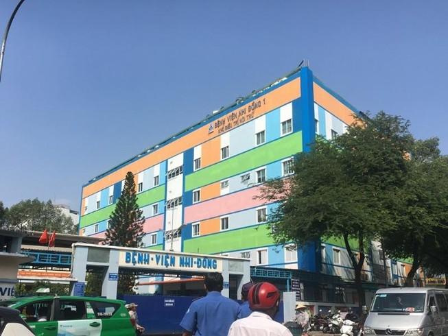 TP.HCM: 3 trẻ nghi bị phơi nhiễm HIV do kẻ ngáo đá tấn công