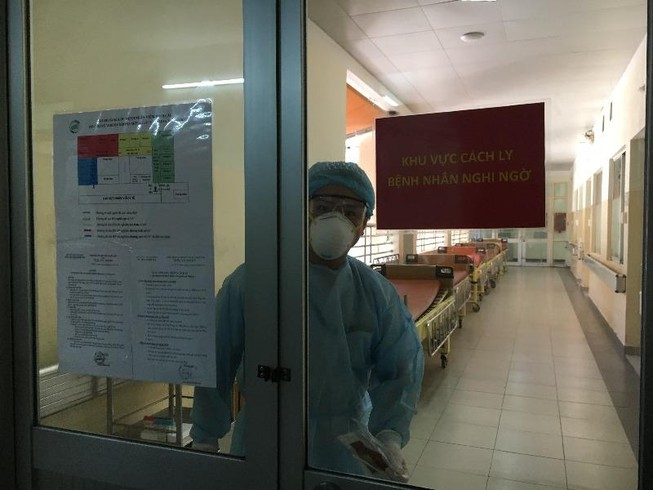 TP.HCM: Bệnh nhân bay chuyên cơ về nước âm tính với COVID-19
