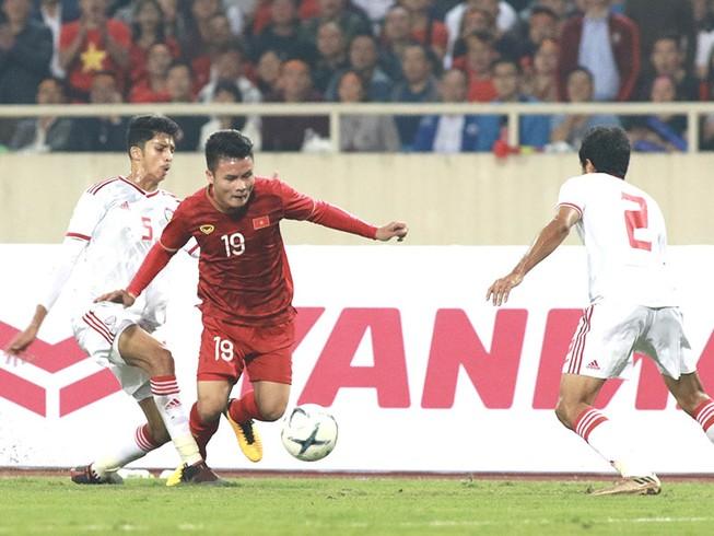 Đội tuyển Việt Nam cô đơn trên đỉnh bảng G