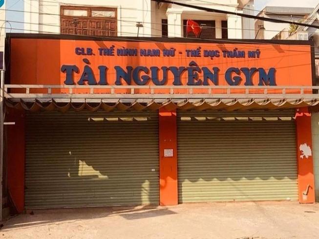 TP đầu tiên ở Bình Dương đóng cửa quán nhậu, tiệm hớt tóc