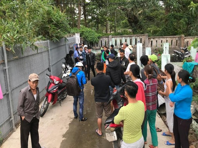 Đà Nẵng: Dân Nam Ô vây công trình đòi lại bãi biển