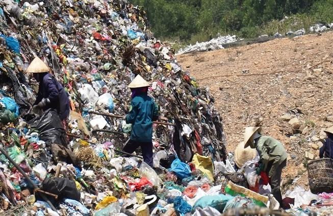 """Đà Nẵng: """"Thay tướng"""" và xử phạt công ty môi trường đô thị"""