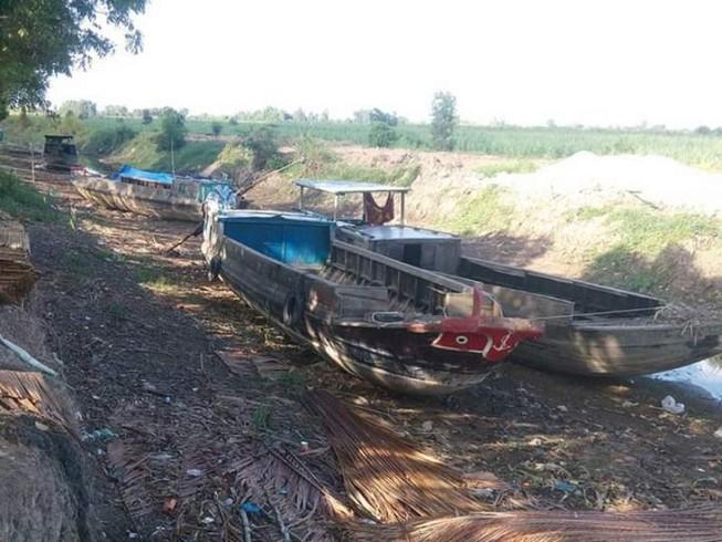 Hạn hán ở Vĩnh Thuận (Kiên Giang) năm 2016
