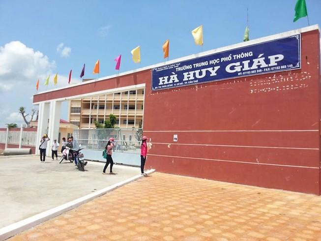 Trường THPT Hà Huy Giáp. Ảnh: Facebook Trường THPT Hà Huy Giáp