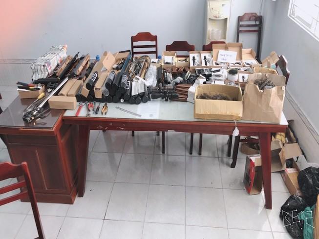 Cần Thơ: Triệt phá điểm mua bán súng săn qua mạng