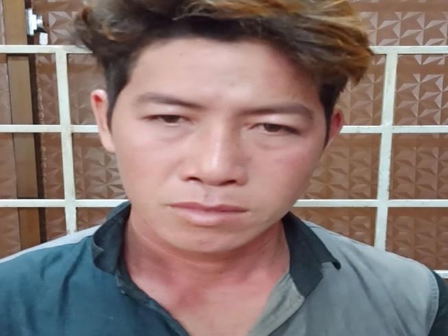 Nữ sinh bị bạn trai quay clip nóng khi vào khách sạn