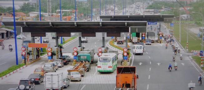 Xa lộ Hà Nội chậm mở rộng vì vướng... cơ chế