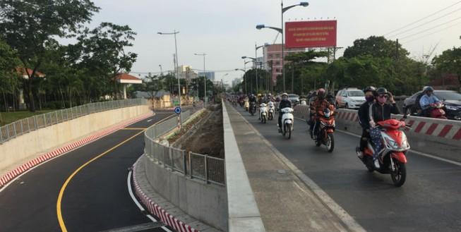 Ngày 20-4, thông đường chui dưới cầu Bình Triệu