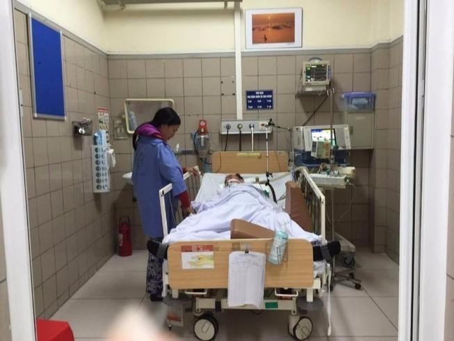 Thêm 4 bệnh nhân nhập viện do ngộ độc rượu methanol
