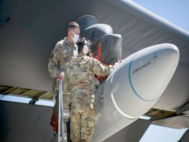 Mỹ thử bất thành vũ khí siêu vượt âm