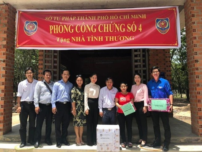 Sở Tư pháp TP.HCM tặng nhà cho cán bộ tư pháp tại Tây Ninh