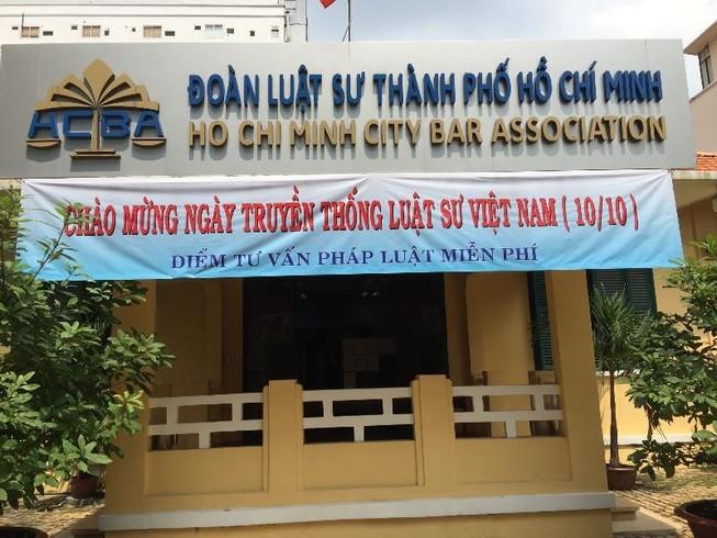 Nhiều hoạt động nhân ngày truyền thống Luật sư Việt Nam
