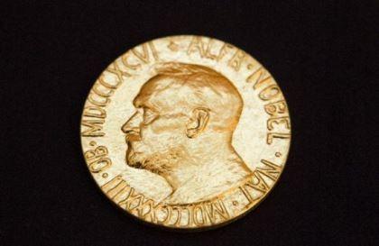Người Trung Quốc chia giải Nobel Y học 2015
