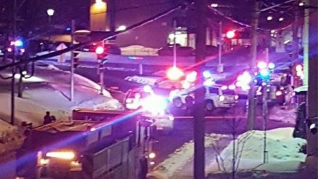 Xả súng tại  nhà thờ Hồi giáo với 40 người bên trong