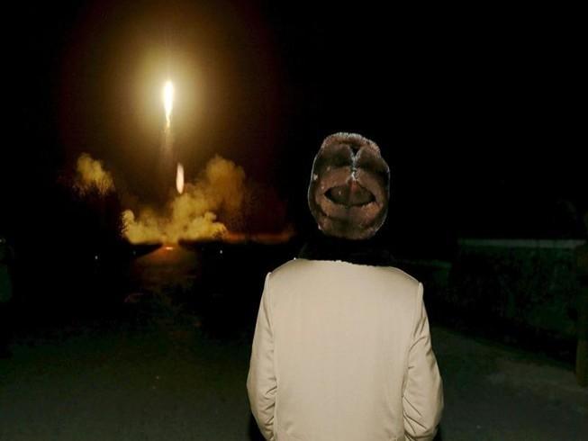 Triều Tiên đủ nguyên liệu sản xuất 60 đầu đạn hạt nhân
