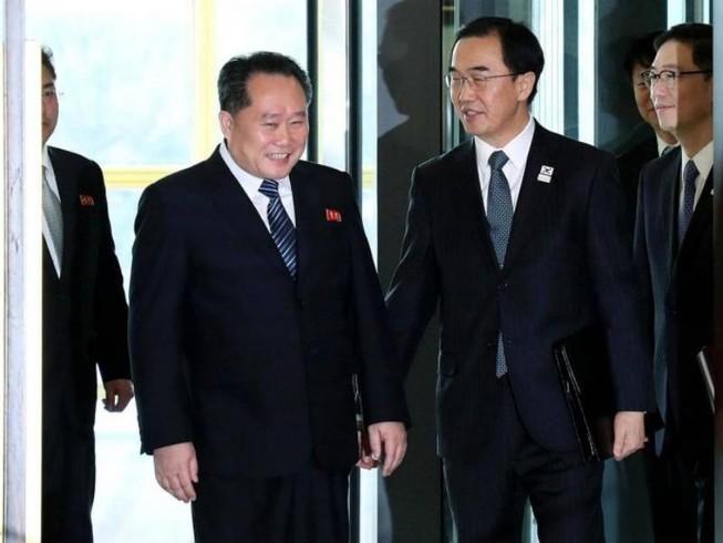 Hàn Quốc xem xét tạm gỡ lệnh trừng phạt Triều Tiên