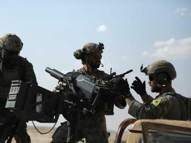 Quân Mỹ tại Syria có nguy cơ bị 'bắn nhầm'