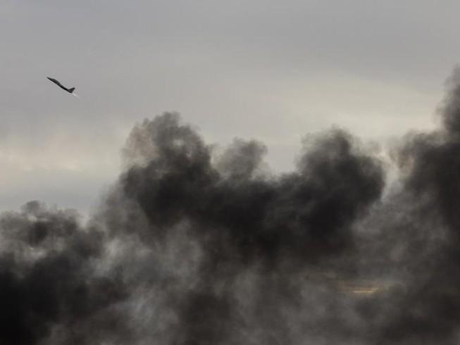 SOHR: Israel không kích Syria, ít nhất 23 binh sĩ thiệt mạng