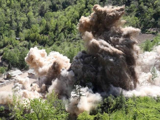 Video đường hầm hạt nhân Triều Tiên tan hoang sau khi kích nổ