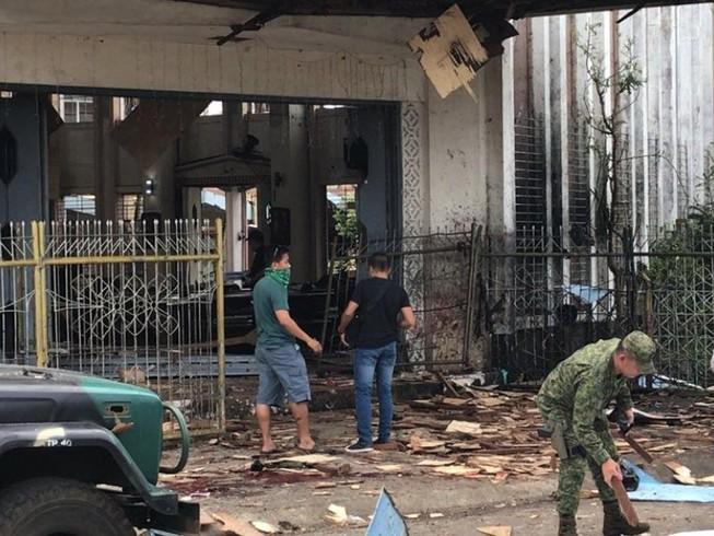 Đánh bom kép ở Philippines, 19 người chết