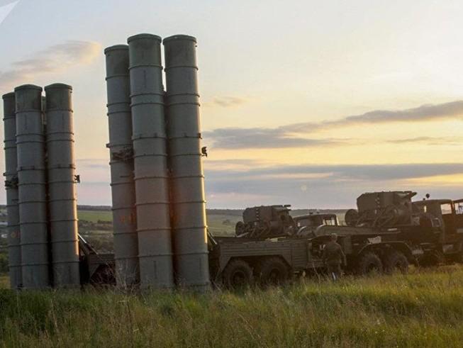 Mỹ tìm mua 'bản sao' của tên lửa S-300 Nga