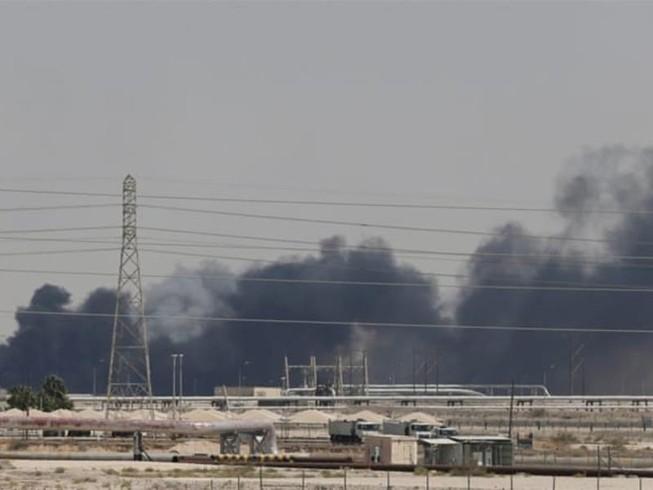Houthi tuyên bố dừng tấn công Saudi Arabia