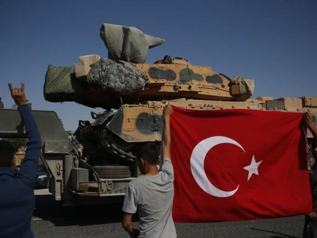 Quân chính phủ Syria bao vây quân Thổ Nhĩ Kỳ ở miền Bắc Syria