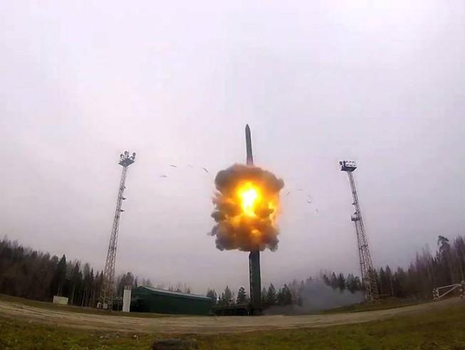 Không hệ thống phòng không nào hạ gục tên lửa Yars của Nga