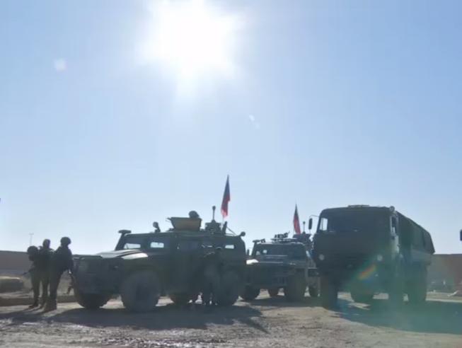 Video: Nga tiến vào tiền đồn Mỹ bỏ lại ở Syria