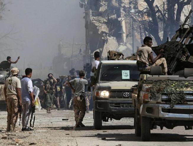 Libya: GNA rút lui, phe tướng Haftar tiến đánh thủ đô Tripoli
