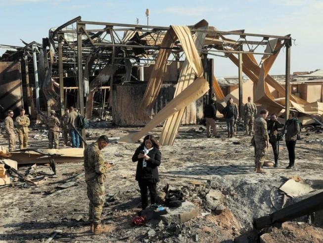 Căn cứ Ayn al-Asad của Mỹ tại Iraq sau vụ không kích của Iran.