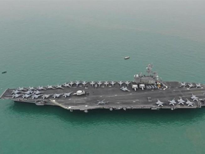 Tàu sân bay USS Ronald Reagan của Mỹ.