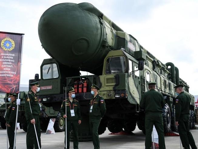 Nga sẽ cung cấp vũ khí, khí tài quân sự cho Lào