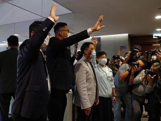 Anh nói Trung Quốc vi phạm hiệp ước Hong Kong, dọa trừng phạt