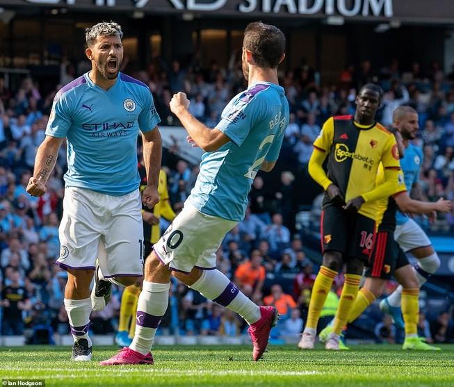 Ghi 5 bàn trong 18 phút đầu hiệp, Man. City 'hủy diệt' Watford