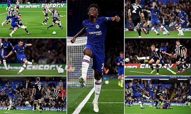 Liverpool, Chelsea thắng dễ, MU chật vật vào vòng 4 League Cup