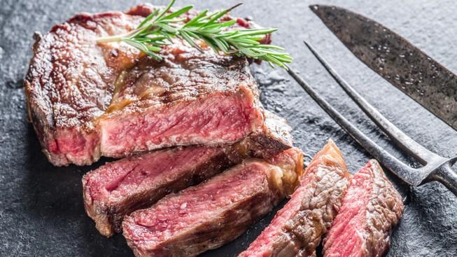 Ăn thịt đỏ bị ung thư tiếp tục gây nhiều tranh cãi