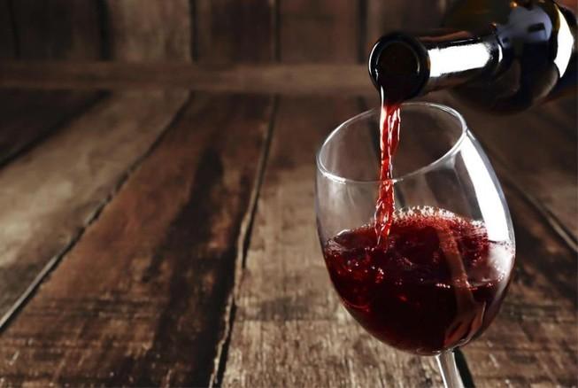 Uống 1 ly rượu vang mỗi ngày lợi hay hại? | Ăn sạch sống khỏe | PLO