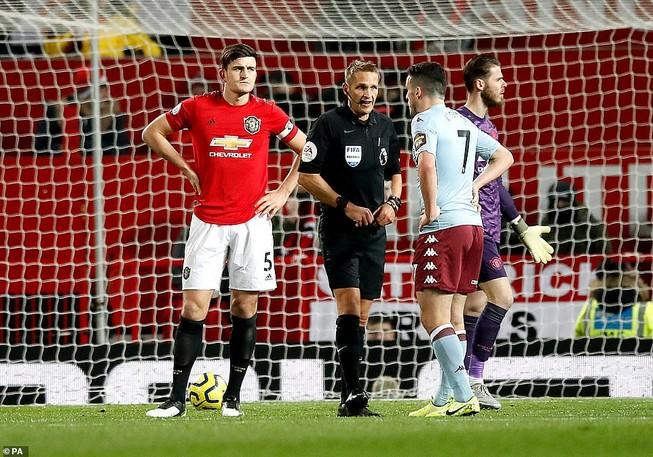 Thi đấu vô hồn, MU chia điểm trước Aston Villa trên sân nhà