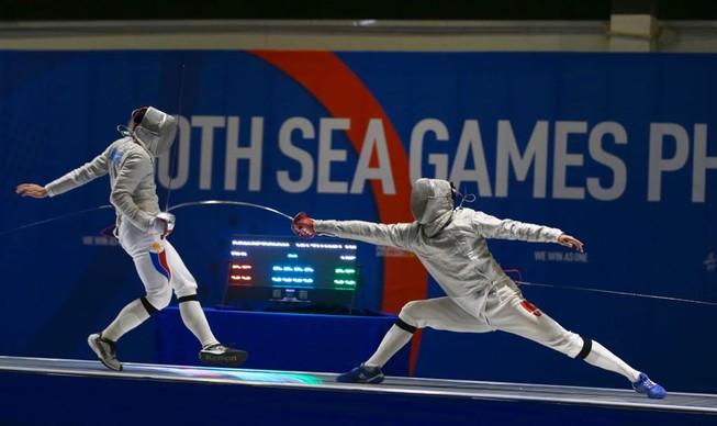 Đấu kiếm có HCV thứ 3, Judo, Canoeing 'nổ vàng' ngày đầu